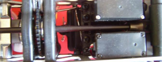 Center differential and servos