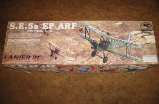 What a box! A flight of SE5s in search of the Hun. Helpful detail pictures are on the sides.