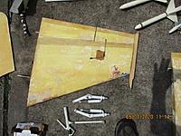 Name: IMG_0126_1.JPG Views: 64 Size: 122.5 KB Description: Bottom View - Right Wing, Tam Jet Struts
