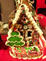 """Name: 100_0435.jpg Views: 239 Size: 92.3 KB Description: Large House 19""""s tall by 12""""'s deep complete with Xmas tree and new solid chocolate car in the driveway!"""