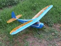 Name: Cabin Toy (Hippo).jpg Views: 245 Size: 110.7 KB Description: Cabin plane now powered by a HET600-32 at 350W. 1020g