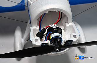 A powerful 180-size brushless motor under the hood. The battery sits just behind it.