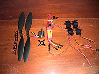 Name: IMG_1115.jpg Views: 379 Size: 247.8 KB Description: power combo and servos offered by twisted hobbys