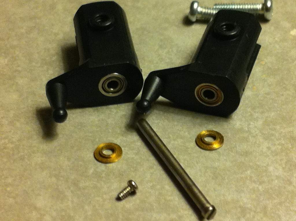 Name: blade_grips1.jpg