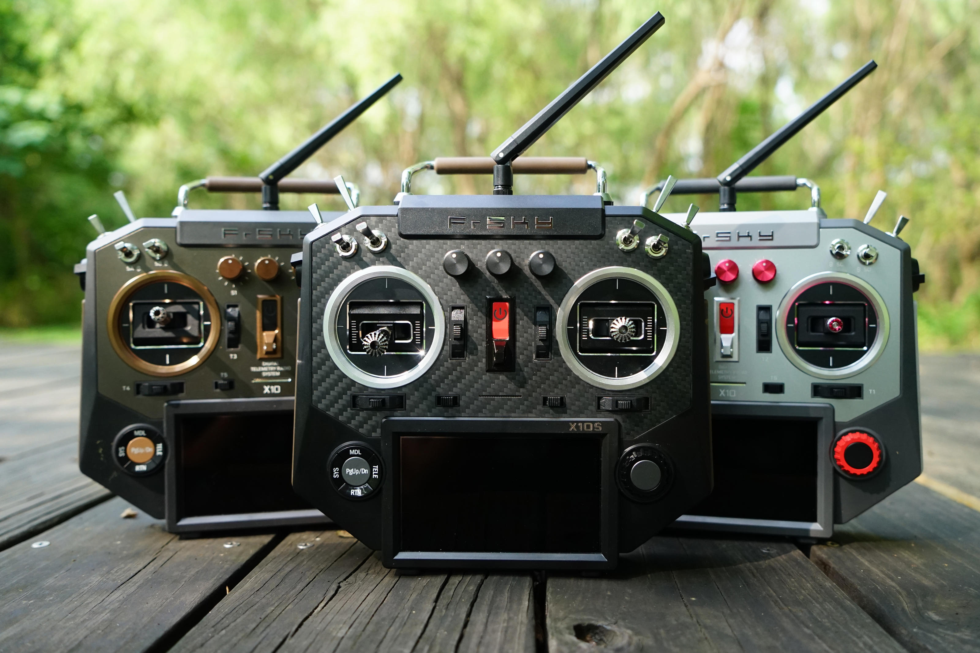 New Product FrSky Horus X10 and X10S transmitters release