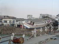 Name: SANY0106.jpg Views: 210 Size: 79.8 KB Description: devastation @ Banda acheh