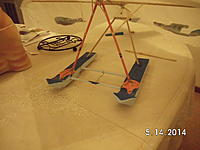 Name: SANY1258.jpg Views: 123 Size: 435.8 KB Description: Webbed feet extended onto the fronts of the sponsons/floats.