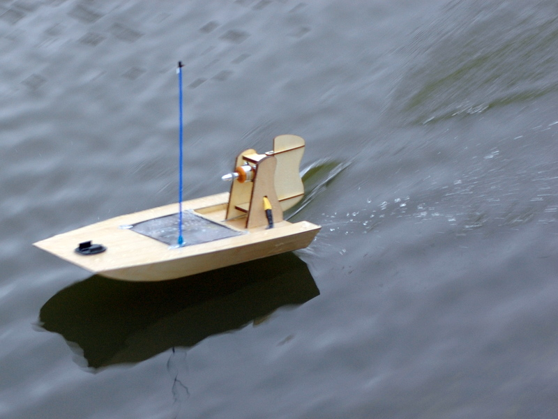 Attachment browser: Anarchy Airboat 2.jpg by DT56 - RC Groups