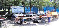 Name: IM000263.jpg Views: 226 Size: 133.0 KB Description: Plenty of shade, they even set up flys with tables and chairs, so we could sit in the shade to run