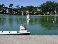 Name: DSC03863.jpg Views: 152 Size: 124.9 KB Description: Sail boat invades the course