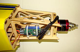 <b>Motor wiring to the side - Wrong!</b>