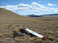 """Name: D3Slop1.jpg Views: 346 Size: 127.3 KB Description: Dancer III with 59"""" KFm3 variant wing, ready to fly at the KING slope site. Winds measured to 29 MPH on Skymate wind meter just before launch."""