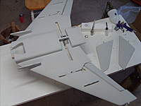 Name: SD532240.jpg Views: 422 Size: 94.4 KB Description: Bottom of wing done.