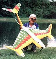 Name: pl-1125.jpg Views: 66 Size: 30.2 KB Description: Laddie M himself and his Aquabird