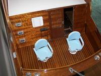 Name: 100_2403.jpg Views: 579 Size: 114.6 KB Description: Working doors, Folding seats.