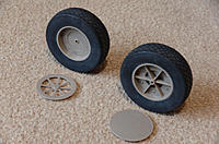 Name: Pet2.jpg Views: 35 Size: 1.06 MB Description: Light weight wheels from Hobby King.   Great for a 5-6Kg model ( Q6 ) but you might want something more substantial for your 20Kg warbird.