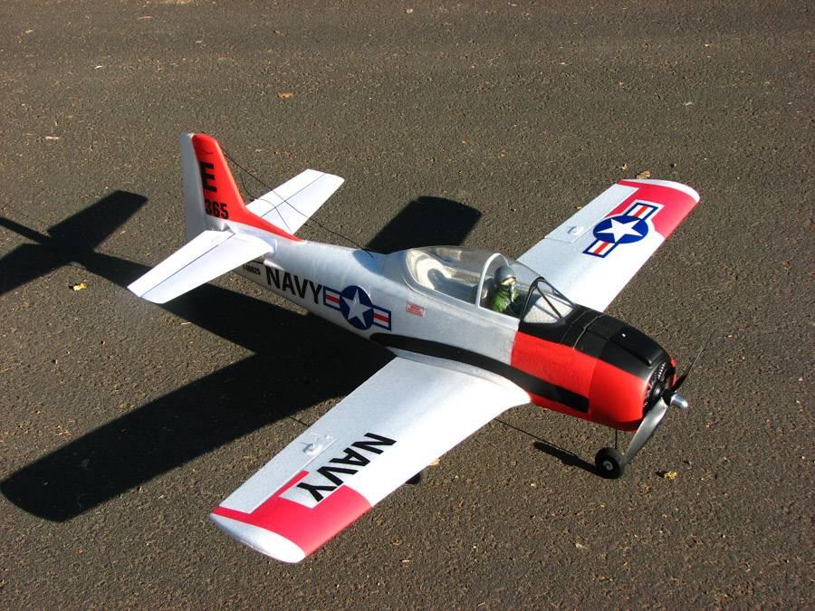 Name: T-28 001E.jpg Views: 347 Size: 122.1 KB Description: Parkzone T-28 RTF