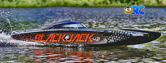 "ProBoat - Blackjack 42"" 8S Brushless Catamaran RTR"