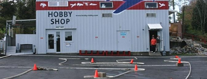 The old exterior of Hobby Lobby prior to the demolition.