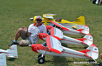 RC companies were on hand for the SEFF noon demos. Here is world famous Quique Somenzini.