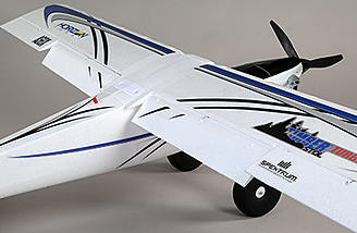 Composite-reinforced, hollow-core construction with EPO material delivers a lightweight yet durable airframe. The Turbo Timber also features a stiffer wing that improves aileron authority and roll rates.