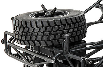 The fully-functional spare tire not only adds an authentic scale look to the Ford Raptor Baja Rey, but serves as a true spare. Easily add the tire and get back to tackling the terrain.