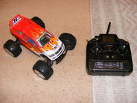 Name: mini lst2 008.jpg Views: 174 Size: 115.1 KB Description: also 2.4ghz...everything I use is 2.4 now