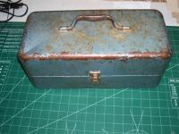 Name: 000_0013.jpg Views: 678 Size: 97.8 KB Description: Grandpa's Fishing Tackle Box