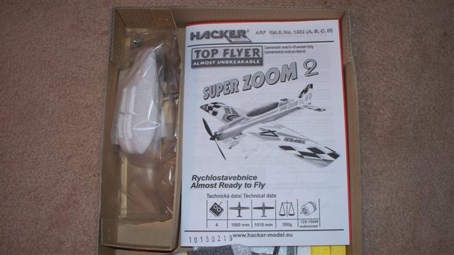 Name: hacker sz2 manual and bag parts (Small).jpg