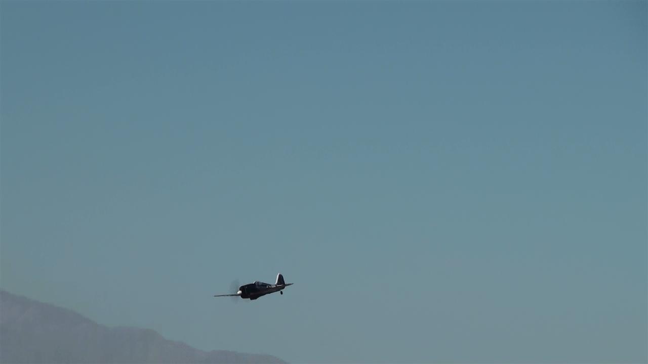 Name: micro still13 on approach.jpg Views: 321 Size: 21.3 KB Description: