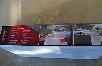 The opposite side of the box gives some of the model's specifications.