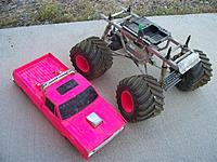 Name: clod and body.jpg Views: 97 Size: 150.9 KB Description: The Clodbuster body and chassis together.