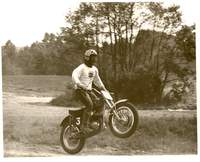 Name: buddy.jpg Views: 105 Size: 30.7 KB Description: Buddy doing the Motorcross