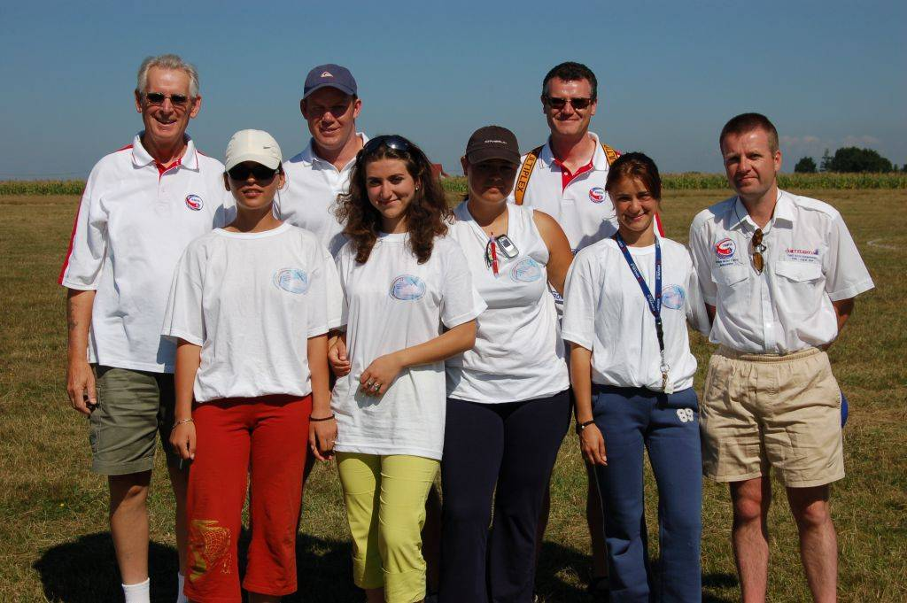 Name: DSC_00032006-08-24_09-00-00.jpg Views: 693 Size: 100.8 KB Description: Some of Team UK with a few of the local timekeepers who have worked tirelessly all week.