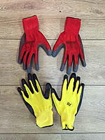 Name: IMG_8579.JPG Views: 43 Size: 1,012.7 KB Description: I even got matching gloves to crewchief them ;-)
