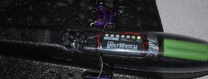 Here the VoltWatch monitors the 4 cell NiMh pack while in use.