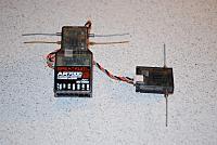 <font size=-2>Spektrum AR7000 DSM2 seven-channel receiver</font>