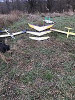 """Name: IMG_0379.jpg Views: 35 Size: 359.4 KB Description: I brought a bunch  Leg ODR -26oz G.E.M.S. ODR  34oz G.E.M.S  Knife Edge 48"""" wing Dan Wing 2  48""""  18oz G.E.M.S Sizzle  30""""  12oz"""