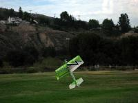 Name: IMG_0369%20(Medium).jpg Views: 385 Size: 64.4 KB Description: more of Pete flying =]
